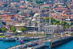 Guld- horn i Istanbul royaltyfri fotografi