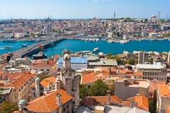 Guld- horn i Istanbul arkivfoton