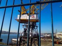 Guld- horn- skeppsvarv Crane Istanbul Arkivfoton