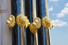 Guld- huvud av lejon smyckar Caesar'set Palace i Las Vegas Royaltyfri Foto