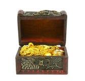 guld i forntida skattbröstkorg Arkivbilder