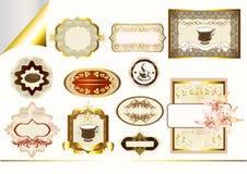 Guld-inramninga etiketter i pastellfärgad färgdesign Royaltyfri Illustrationer