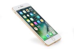Guld- iPhone 7 plus Arkivfoto