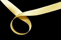 guld- isolerat band Arkivfoto