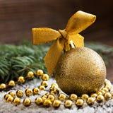 Guld- julboll Fotografering för Bildbyråer