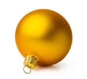 Guld- julboll royaltyfria bilder