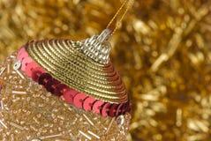 guld- julgarnering royaltyfri bild