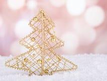 Guld- julgranprydnad Royaltyfria Foton