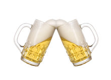 guld- kallt exponeringsglas för öl Fotografering för Bildbyråer