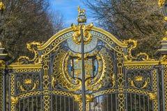 Guld- Kanada Maroto portBuckingham Palace London England fotografering för bildbyråer