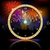 Guld- klocka för nytt år över fyrverkeribakgrund royaltyfri illustrationer