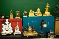 Guld- klockabok från Mezhyhyaen Ukraina Arkivfoto