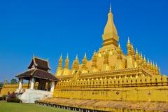 Guld- kunglig pagoda Arkivbilder