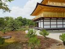 guld- kyoto paviljong Royaltyfri Fotografi