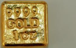 Guld miljard stång Royaltyfria Bilder