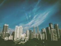 Guld- morgon i den Kuala Lumpur metropolisen Royaltyfria Bilder