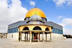 guld- moské för kupol royaltyfri bild
