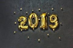 2019 guld- nummer, uppblåsbar, nytt år, sten, bakgrund, W Royaltyfria Foton