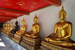 Guld- och svart buddha bild Fotografering för Bildbyråer