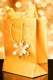guld- påsegåva Royaltyfri Fotografi