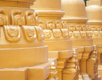 Guld- pagod i Wat Pa Sawang Boon, Thailand Fotografering för Bildbyråer