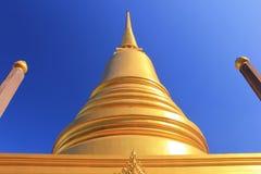 Guld- pagod på mahannapharamtemplet i bangkok från Thailand Arkivfoto
