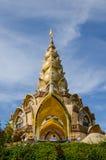 Guld- pagod på Pha sonkaew Arkivbild