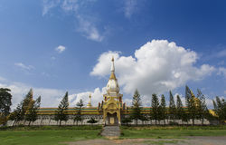 guld- pagoda Royaltyfria Bilder