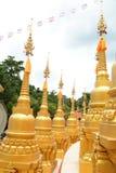 500 guld- pagoder Arkivfoto