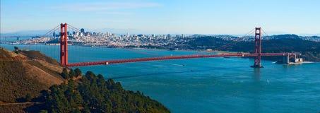 guld- panorama för broport Royaltyfri Bild