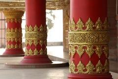 guld- pelare Arkivbilder