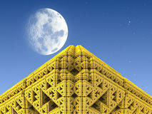 guld- pyramid Royaltyfria Bilder