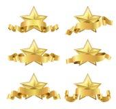 Guld- realistiska stjärnor med band stock illustrationer