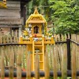 Guld- relikskrin i Thailand Royaltyfria Foton
