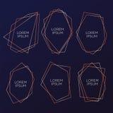 Guld- samling av geometrisk polyhedron, art décostil för att gifta sig inbjudan och födelsedagpartiet, lyxiga eleganta mallar, de royaltyfri illustrationer