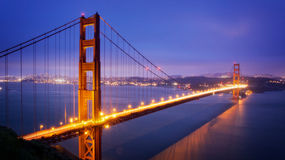 Guld- San Francisco utfärda utegångsförbud för överbryggar Arkivbild
