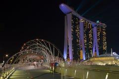Guld- Sandssemesterort på natten Arkivfoton
