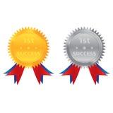 guld- silvermynt för 1st framgång Royaltyfri Fotografi