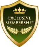Guld- sköldetikett för exklusivt medlemskap Stock Illustrationer