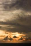 guld- sky Arkivbilder