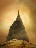 Guld- slott för fantasi royaltyfria foton