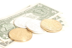 Guld- slutsilverbitcoins med U S Dollar Arkivfoto