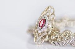 Guld- smycken Royaltyfri Bild