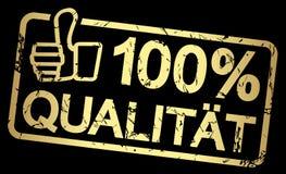 guld- stämpel med text Qualität 100% Royaltyfria Bilder