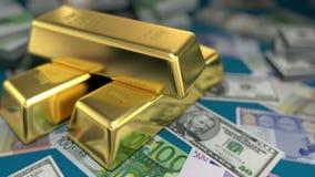 Guld- stänger och pengar på en tabell