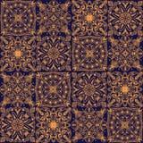 Guld- stam- symmetrisk belagd med tegel sömlös modell för vektor på mörk bakgrund vektor illustrationer
