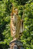 Guld- staty av St Paul på domkyrkan i London Royaltyfri Fotografi