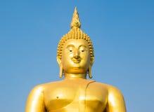 guld- stora buddha Royaltyfria Foton