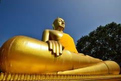 guld- stora buddha Arkivfoto