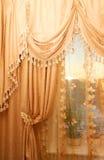 guld- stort för gardin Royaltyfria Foton